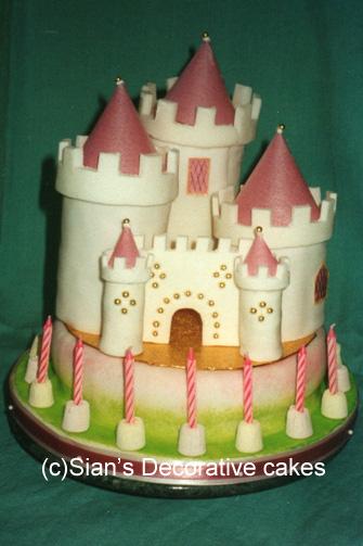 castle birthday cake - Decorative Cakes